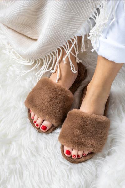 Slide Fur_camel